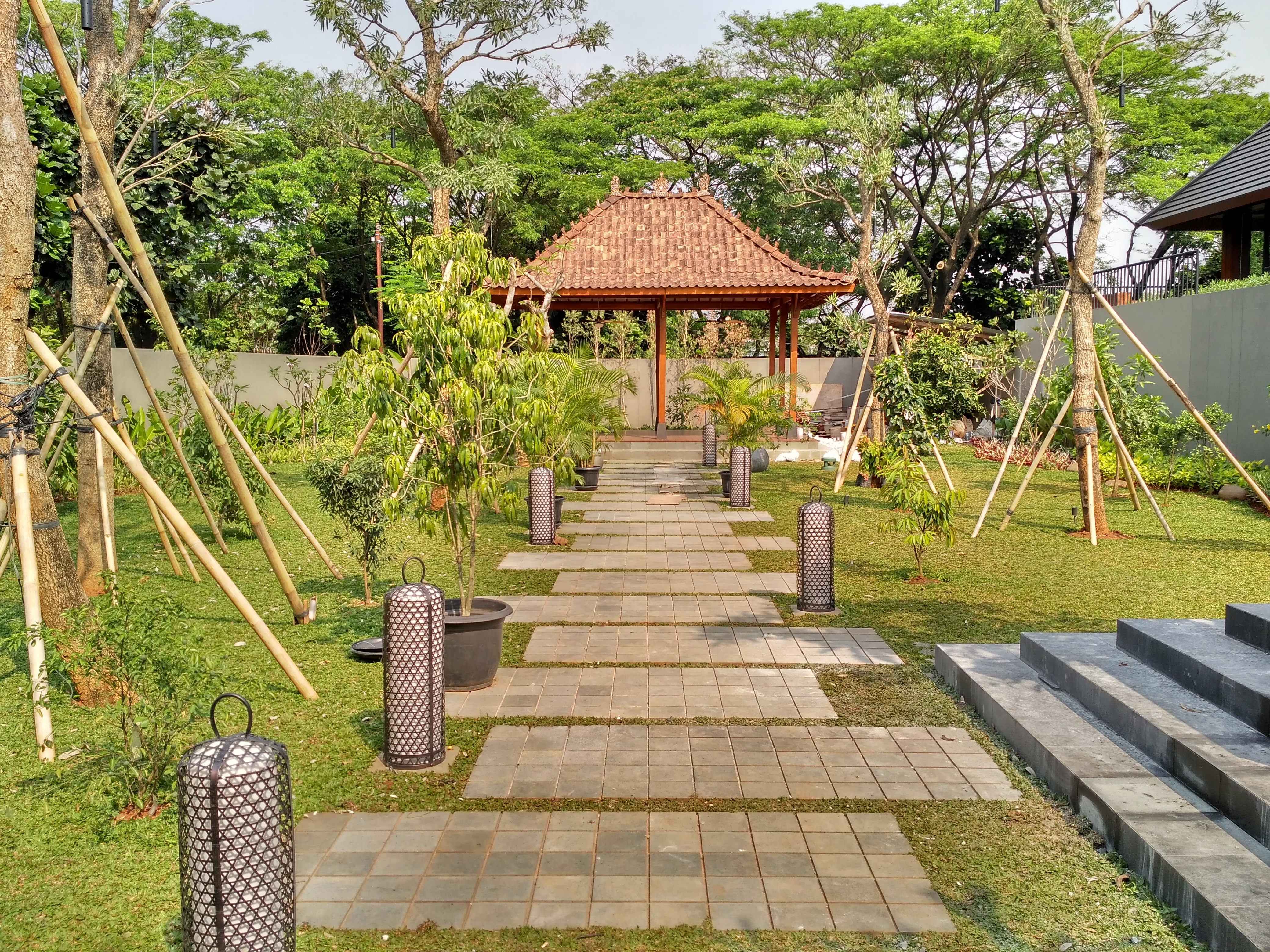 Puri Botanical -