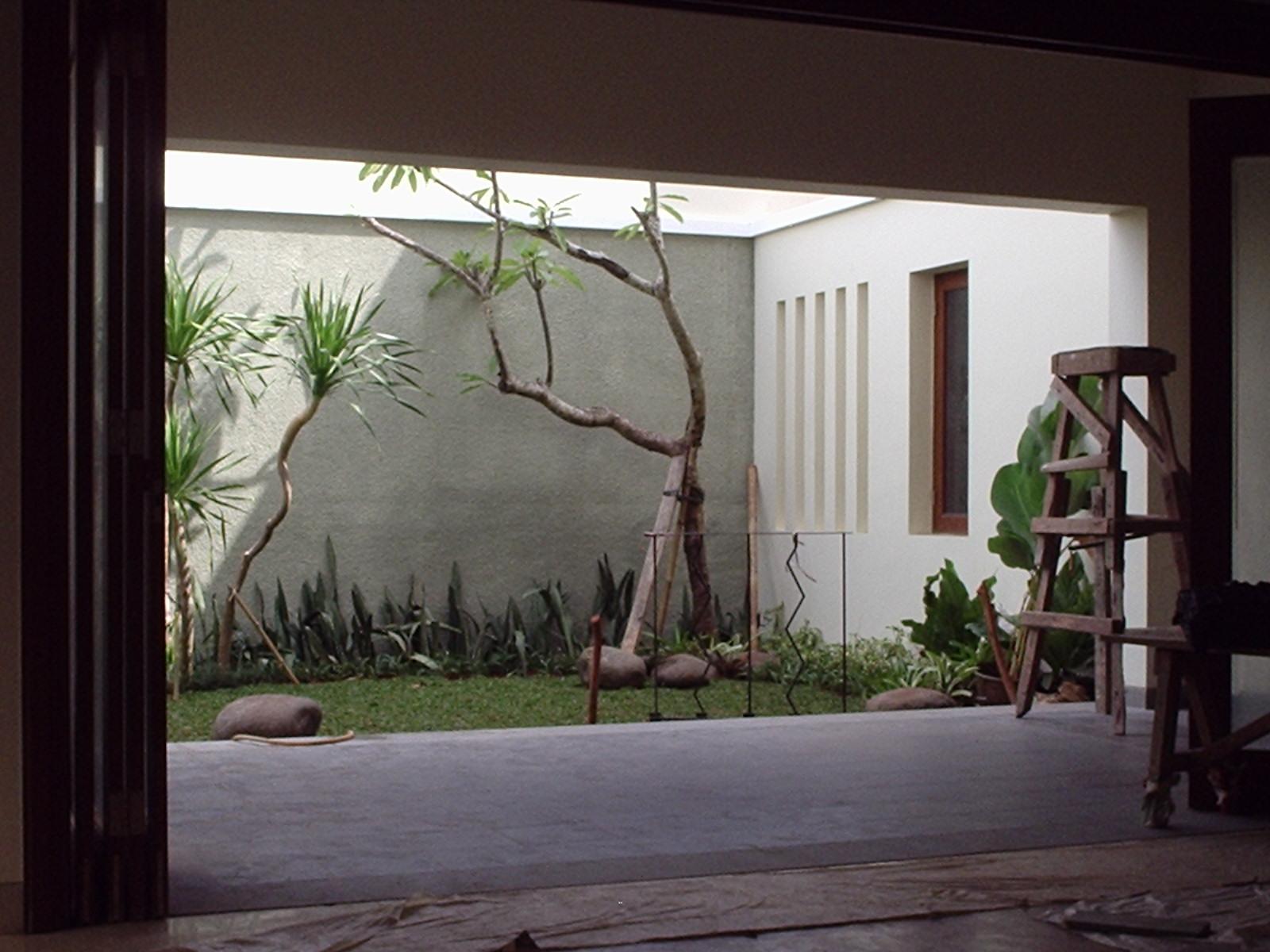 Puri Botanical - 2005